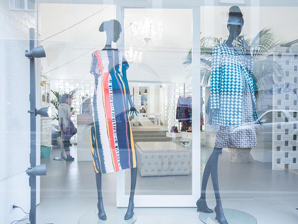 progetto-vetrina-negozio-abbigliamento