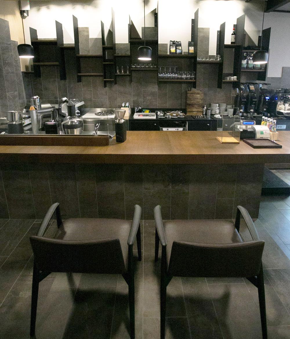 arredamento-bar-locali-ristorazione-caffe