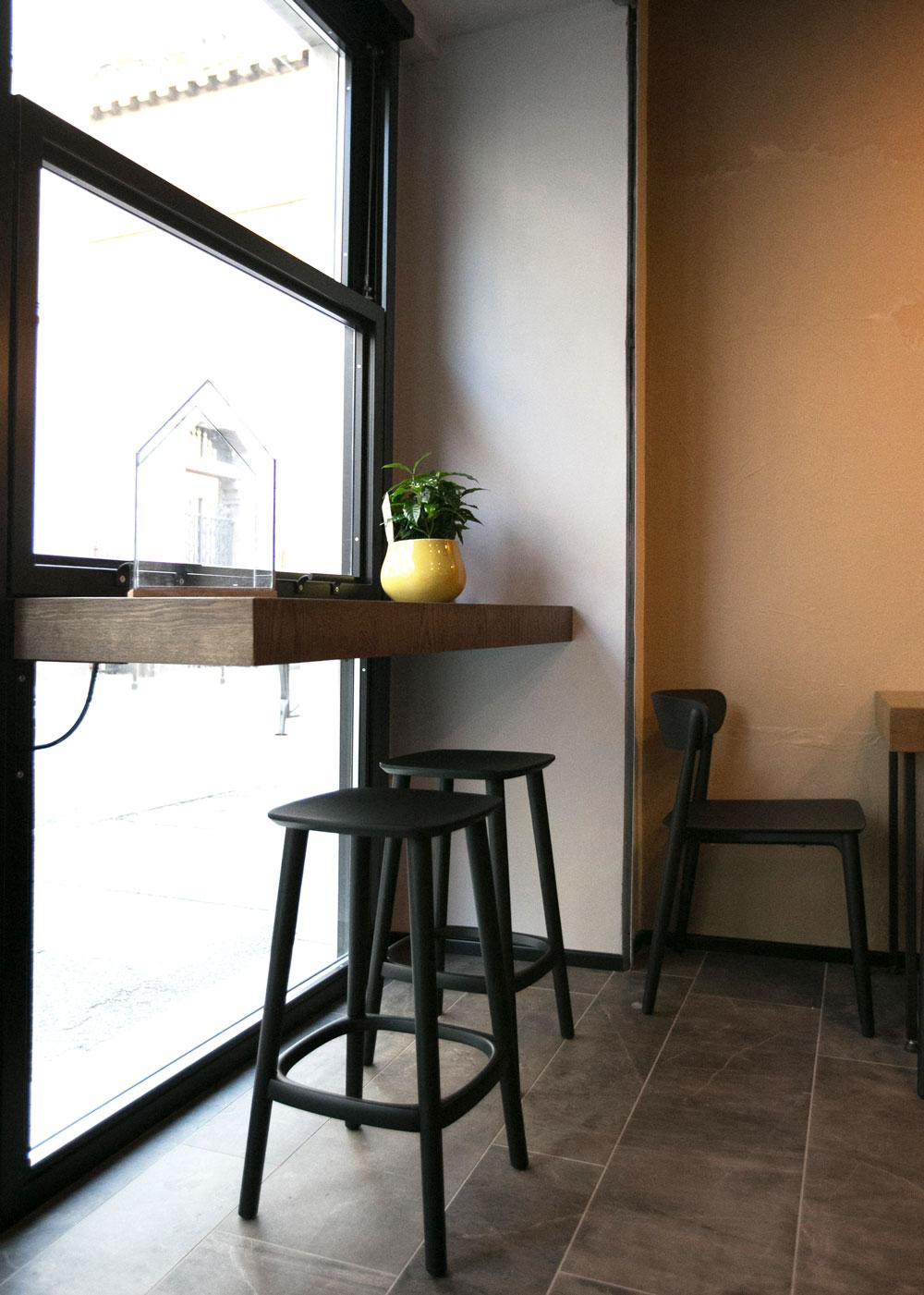 interni-vetrata-bar
